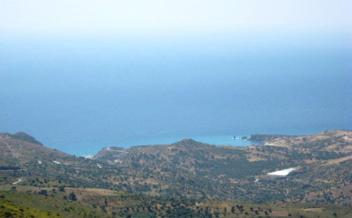 picture of psak209 Plot with sea views and large water reservoir in Saktouria