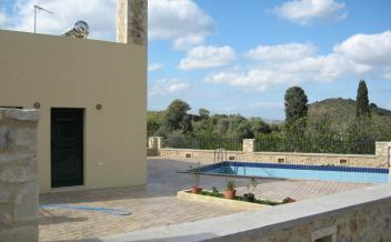 picture of vm133a Two bedroom villa with pool and garden in Mourne near Spili