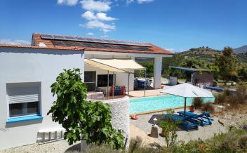 picture of vsiv286 Three bedroom modern villa with large garden and swimming pool